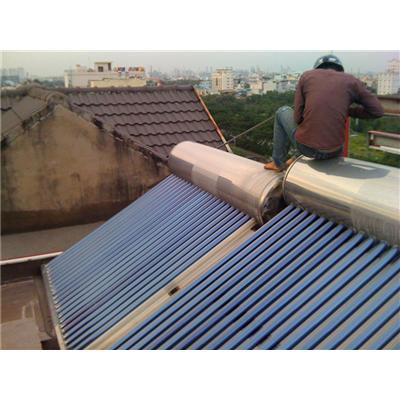 Sửa chữa máy nước nóng năng lượng mặt trời