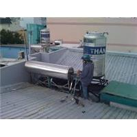 Sửa chữa bảo trì, vệ sinh máy nước nóng năng lượng mặt trời Quận 4