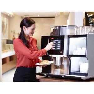 Tại sao máy pha cafe tự động được yêu chuộng nơi công sở