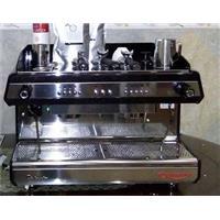 Hướng dẫn cách bảo trì và vệ sinh máy pha cà phê.