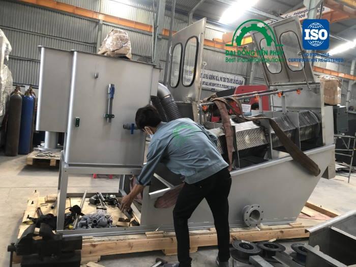 Công ty sản xuất máy ép bùn trục vít chất lượng