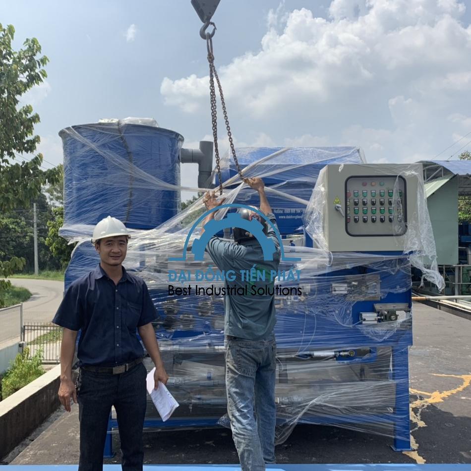 Lắp đặt hệ thống máy ép bùn băng tải size 1000