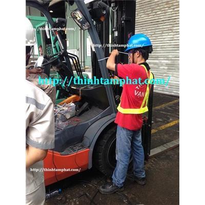 Lắp thiết bị cảnh báo tốc độ xe nâng cho công ty CP Ewos Việt Nam