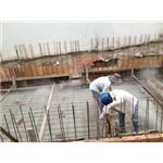 Rắc vật liệu chống thấm ngược sàn tầng hầm