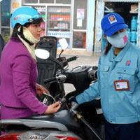Yêu cầu doanh nghiệp xăng dầu giảm tần suất tăng giá