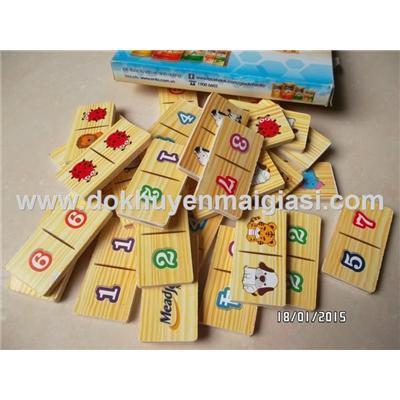 Bộ trò chơi domino bằng gỗ của sữa Enfa tặng