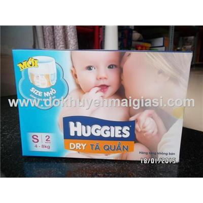 Hộp 2 tã quần + 2 tã dán Huggies size S cho bé 4 - 8 kg - Date: 10/2016