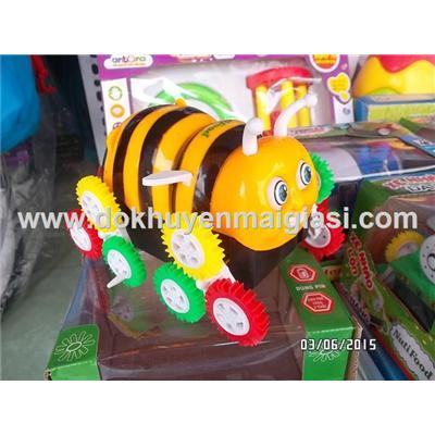 Mẫu ong vàng: Xe nhào lộn đa năng Nutifood dùng pin - Tặng pin