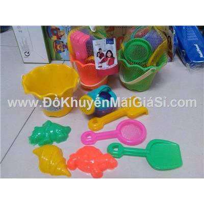 Bộ đồ chơi xúc cát 8 món cho bé Unilever tặng