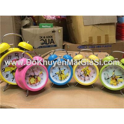 Đồng hồ báo thức để bàn Pikachu cho bé cỡ nhỏ kèm pin - Có 4 màu như hình