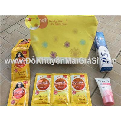 Bộ quà tặng Sunsilk 4 món: túi đựng, kem đánh răng, gội xả Sunsilk, dưỡng trắng Pond