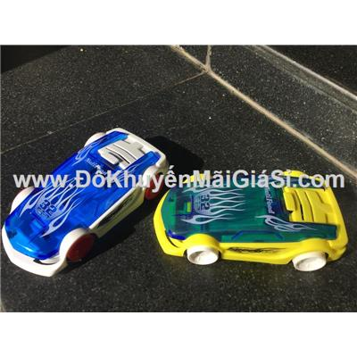 Bộ 2 xe đua Nutifood chạy trớn - Kt: (14 x 7.5 x 3.5) cm