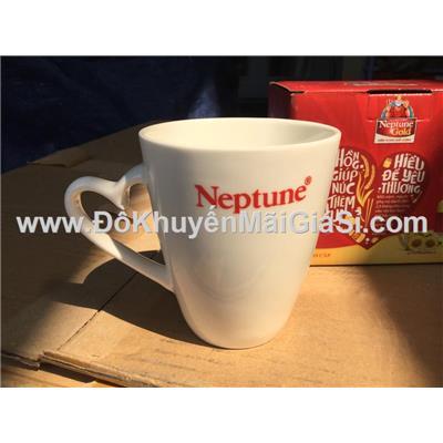 Ly sứ Neptune màu trắng quai tim - Kt: (8.5 x 4.5 x 10) cm - Có hộp