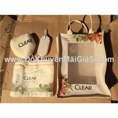 Bộ 1 túi + 1 khăn + 1 bông tắm + 1 đá chà gót chân Clear tặng