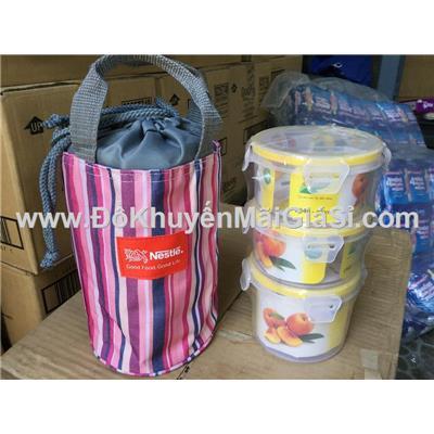 Bộ hộp cơm kèm túi giữ nhiệt Nestle sọc hồng - Kt: (21 x 13) cm