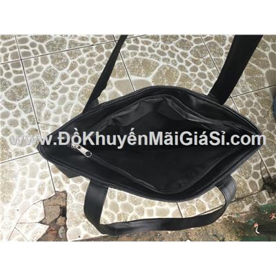 Túi xách Tresemme chống ướt màu đen - Kt: (36 x 33.5 x 12 x 29) cm