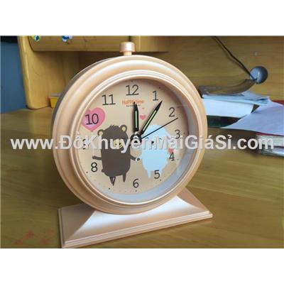 Đồng hồ để bàn hình tròn có báo thức + đèn - Kt: (12.5 x 5.2 x 15) cm - Cam