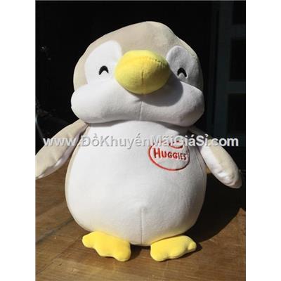 Chim cánh cụt nhồi bông màu xám, tã Huggies tặng - Kt: (35 x 27 x 15) cm