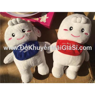 Em bé Bobby Chan nhồi bông đeo yếm siêu xinh - Cao 26 cm