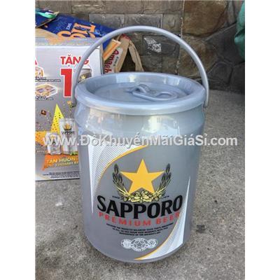 Thùng đá Sapporo hình lon bia dung tích 3.8 lít - Kt: (20 x 20 x 27) cm