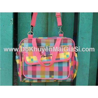 Caro: Túi xách Friso Mum nhiều ngăn có quai đeo thích hợp cho bé hoặc các bạn nữ đi học - Kt: (30 x 24 x 12) cm