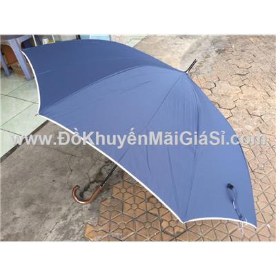 Màu xanh đen - Dù cầm tay thân thẳng, cán gỗ: đường kính 1,2 m  Mau xanh den - Du cam tay than thang, can go: duong kinh 1,2 m