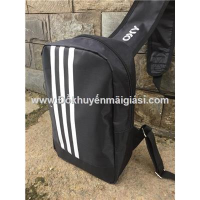Túi xách Oxy đeo chéo 1 quai, 2 ngăn chống ướt màu đen - Kt: (17 x 8 x 28) cm
