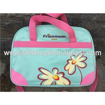 Xanh có hoa: Túi xách Friso Mum nhiều ngăn có quai đeo thích hợp cho bé hoặc các bạn nữ đi học - Kt: (35 x 25 x 12) cm