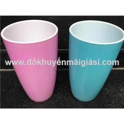Ly nhựa màu 2 lớp Đại Đồng Tiến - Có 2 màu: xanh lá, hồng