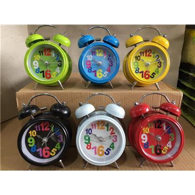 Đồng hồ báo thức để bàn cỡ nhỏ kèm pin, có đèn - Kt: (13.5 x 5.5 x 11.2) cm - Có 6 màu