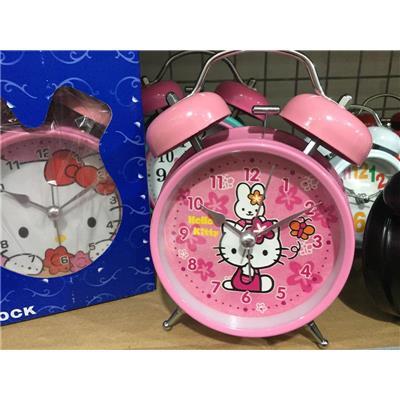 Kitty hồng: Đồng hồ báo thức để bàn cho bé cỡ lớn kèm pin, có đèn - Kt: (18 x 10 x 5.5) cm  Kitty hong: Dong ho bao thuc de ban cho be co lon kem pin, co den - Kt: (18 x 10 x 5.5) cm
