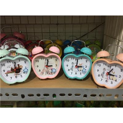 Hình trái táo: Đồng hồ báo thức để bàn cỡ nhỏ kèm pin, có đèn - Có 3 màu như hình