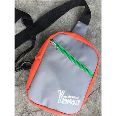 Túi 1 quai đeo chéo YOMOST đựng đồ cá nhân 2 ngăn - Kt: (22.5 x 17 x 7) cm  Tui 1 quai deo cheo YOMOST dung do ca nhan 2 ngan - Kt: (22.5 x 17 x 7) cm