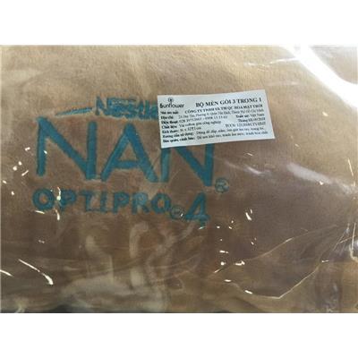 CHÓ NÂU: Bộ mền + gối NAN Nestle 3 trong 1 xếp gọn cho bé - Kích thước xếp gọn: (36 x 32) cm