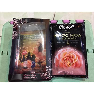 Hộp 4 gói nước xả vải Comfort hương nước hoa thiên nhiên Rose 48ml - Date: 03/ 2019