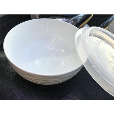 TÔ sứ trắng Knorr 6 inch CÓ NẮP nhựa kín - Kt: (15.8 x 15.8 x 7) cm