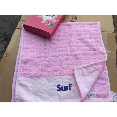 Khăn SURF màu hồng, HỘP HỒNG - Kt: (75 x 35) cm  Khan SURF mau hong, HOP HONG - Kt: (75 x 35) cm