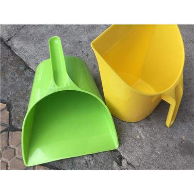 Xúc Rác Nhựa Tân Lập Thành - Kt: (25.5 x 22.5 x 16) cm - Giao Màu Ngẫu Nhiên