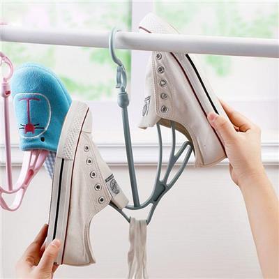 Móc Nhựa Phơi Giày Dép Tiện Dụng
