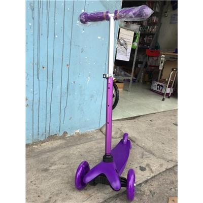 Xe Scooter PediaSure Có Đèn (Ở Bánh Xe) Cho Bé 3 - 6 Tuổi