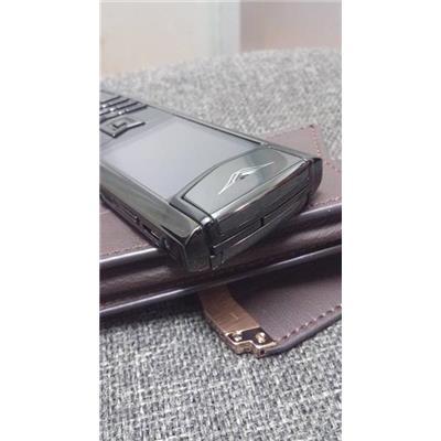 Điện thoại Vertu Fake màu đen