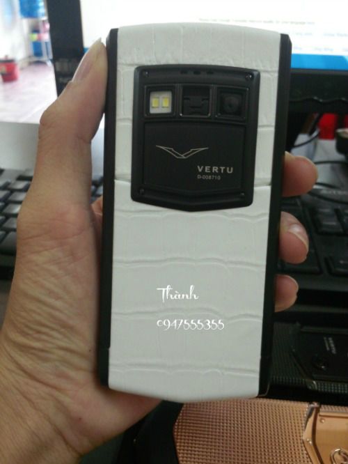 Ban Vertu Ti Cam Ung White Black Fake