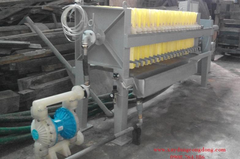 Máy lọc ép tách bùn thải tại TP.HCM