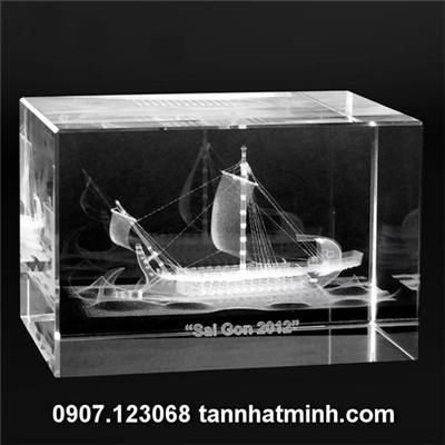 Quà tặng pha lê 3D- Thuận buồm xuôi gió