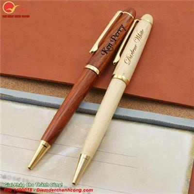 Bút gỗ xoay