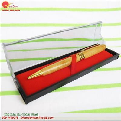 Bút gỗ & hộp mica
