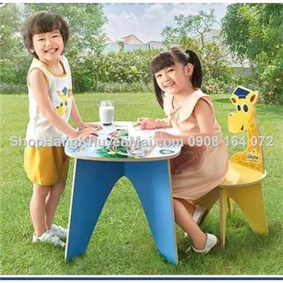 Bộ bàn ghế học gỗ Huou cao cổ