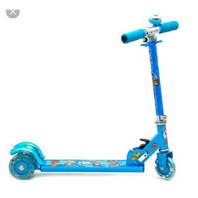 Xe scooter trẻ em 3 bánh có đèn và chuông cho các bé từ 3 tuổi trở lên