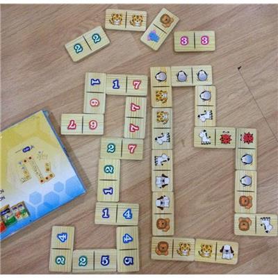 Bộ đồ chơi Domino thông minh 2 chủ đề