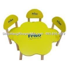 Bộ 1 bàn 1 ghế gỗ có lưng tựa hình hoa mai